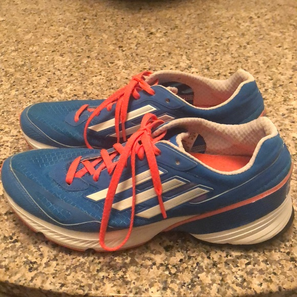 145393f13b42 adidas Shoes - Women s size 8 Adidas sneakers!